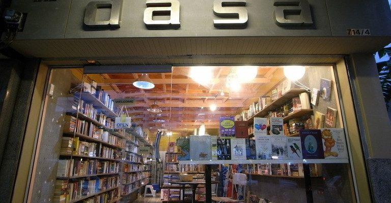 Toko Buku Yang Wajib Dikunjungi di Bangkok, Thailand